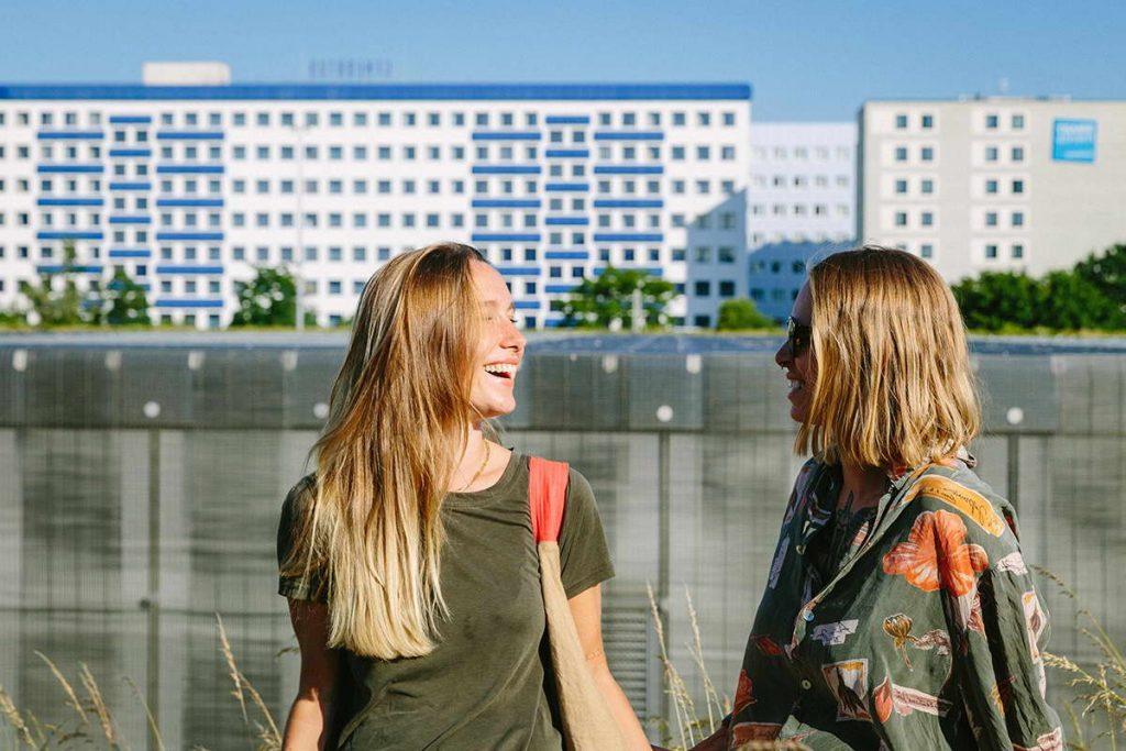 Happy Bisexual Women - Berlin